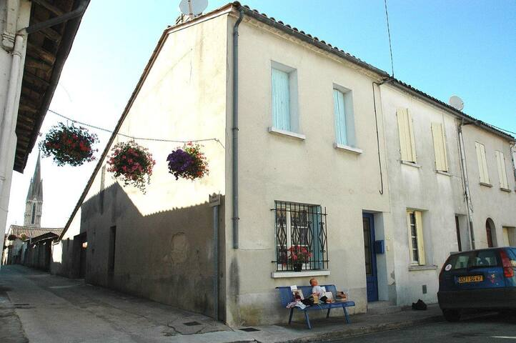 Village house - weekly rent  - Miramont-de-Guyenne - House