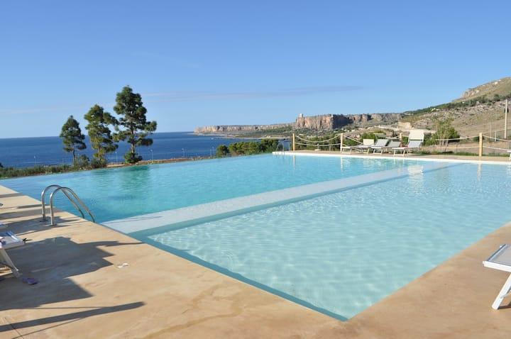 Appartamento Ninfa con piscina a Macari