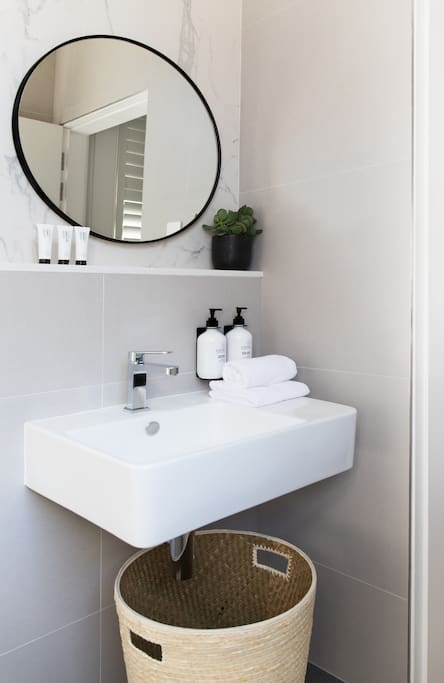 Guests are treated with botanical amenities from Melbourne's ASPAR Spa range.