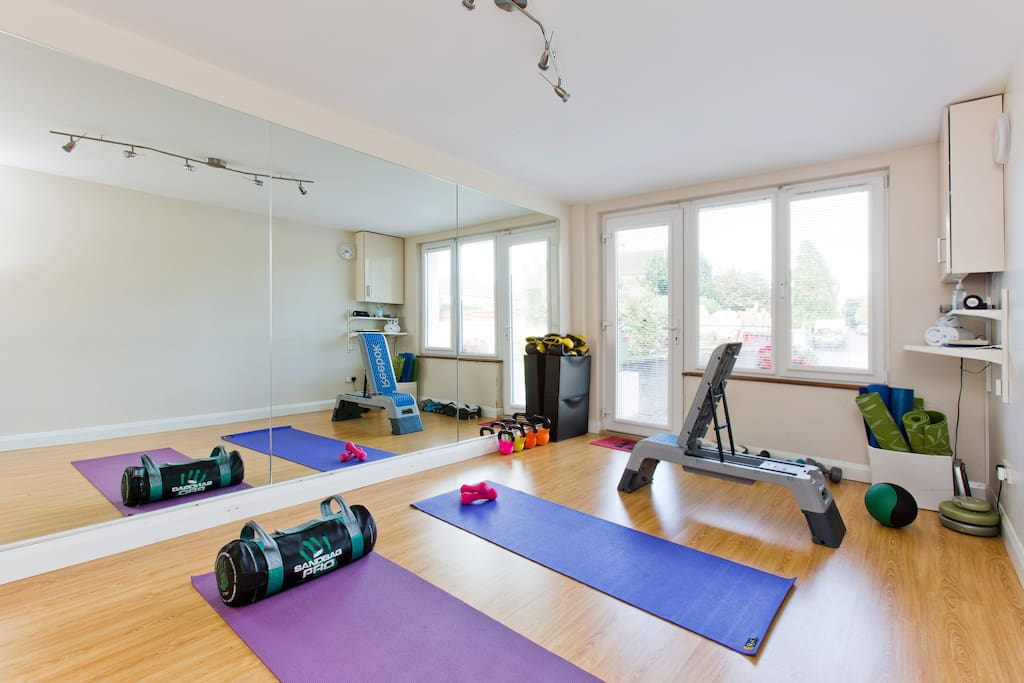 The home-gym is a brilliant space for fitness fans who want to workout but struggle to find the time. With TRX, multiple free weights, Reebok-Step, yoga mats and a sound system, it offers everything you could need to keep in shape on your holiday.