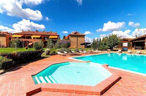 ERICA, 2 bedrooms apartment with swimming pool