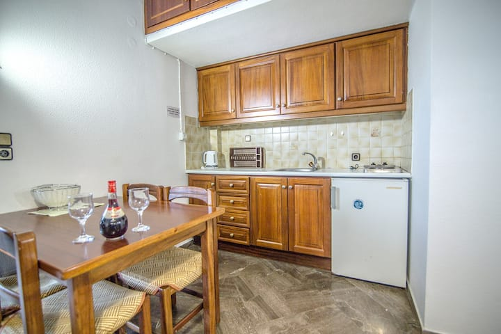Elpida Apartment by Checkin