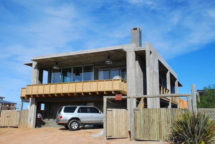 A metros de la playa Brava, inmejorable ubicación - José Ignacio - ที่พักพร้อมอาหารเช้า