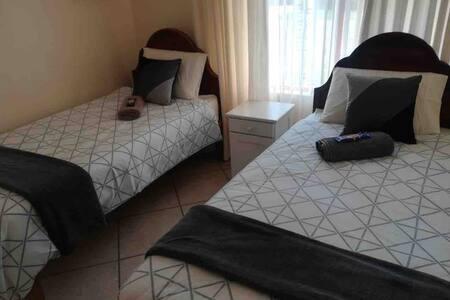 2 bedroom apartment in Hartenbos