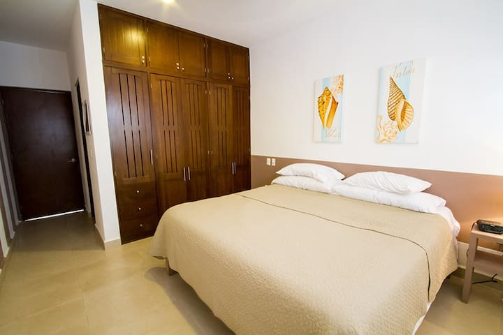 Bedroom 2 - King size bed with adjoining full bathroom