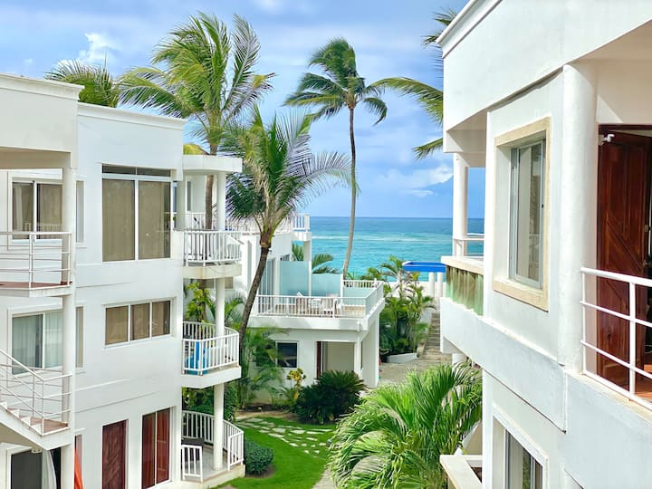 Beachfront Apartment in Cabarete's Kite Beach 303