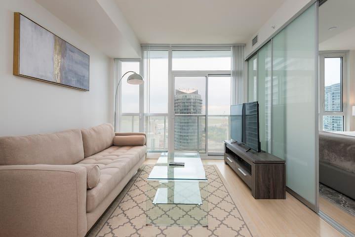 DIAMONDVHT Executive Suites /City Place