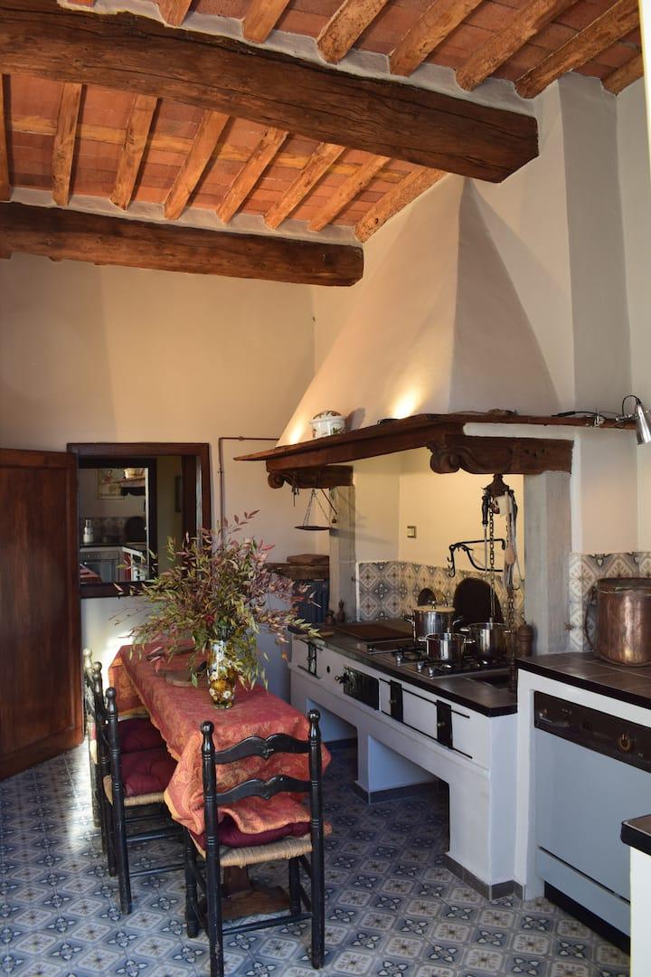 Il Carmine charme and terrace centro storico Lucca