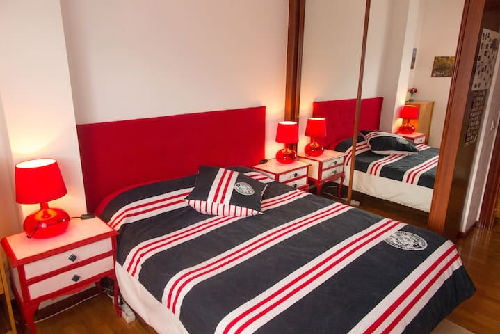 Duplex + Private bath + kitchen. Relax in Logroño.