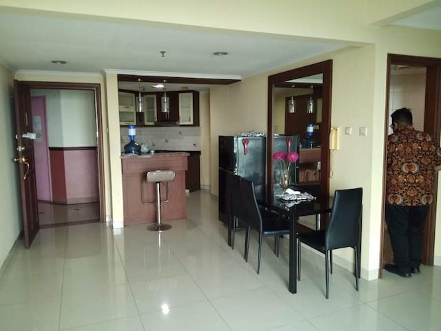 Comfy and Cozy Apartmen In Central Jakarta