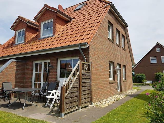 """Nordsee Ferienhaus """"Deichmöwe"""" Neßmersiel/Dornum"""