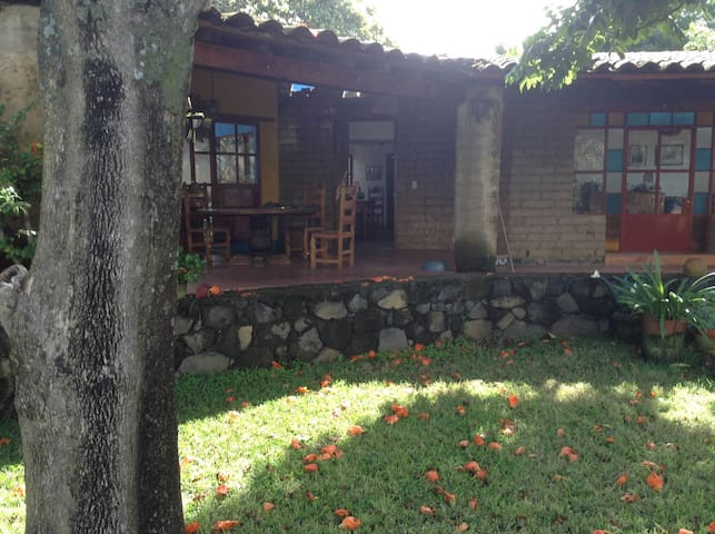 Casa rústica bella vista panorámica - Tlayacapan - Casa