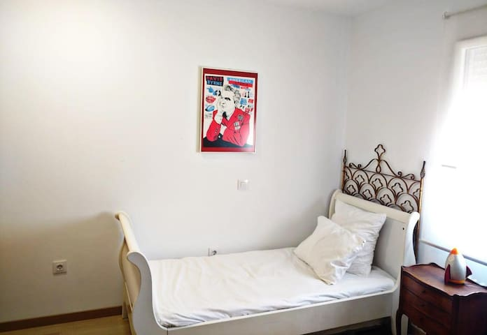 Preciosa habitación a 15 minutos del S. Bernabéu