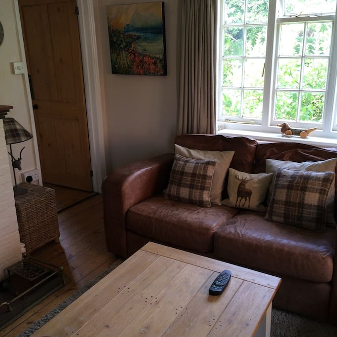 The lounge at Cherrytree Cottage