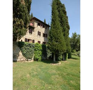 Villa Di Petriolo, sleeps 6 guests - Greve in Chianti - Villa - 2