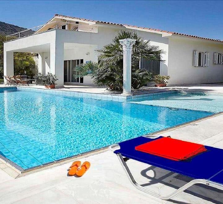 Hector's House- Villa with pool,   Myrtos Beach