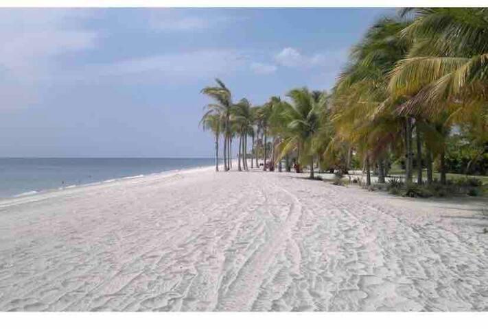 Exclusivo apartamento en buenaventura beach golf