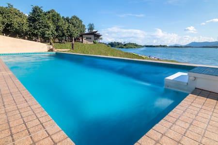 Green View Resort Laos - Vang Vieng - Bungalov