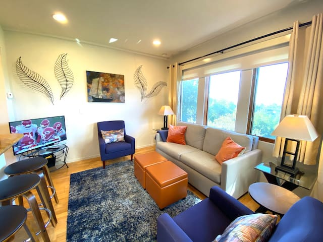 Enter our beautiful and comfortable apartment!
