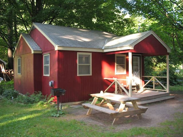 Phoenicia Lodge - Cottage 5