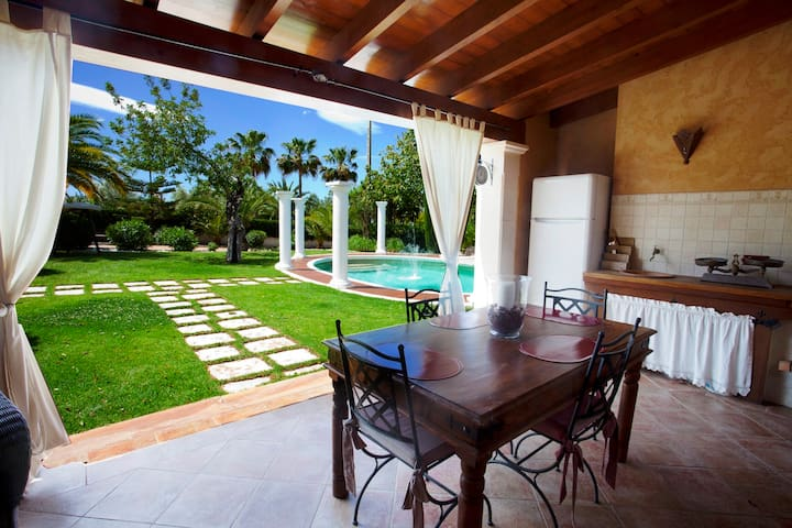 VILLA ALZINA, PRIVATE POOL, A/C - Balearic Islands - Hus
