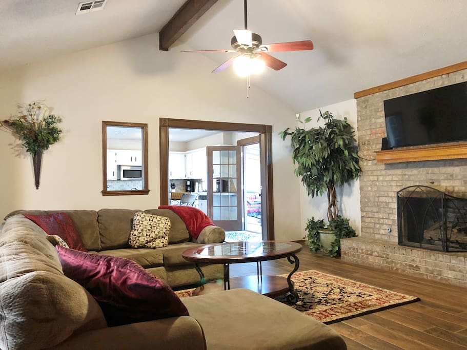Large sectional sofa for lounging! Enjoy watching TV. We offer a fire stick, Netflix and local channels.