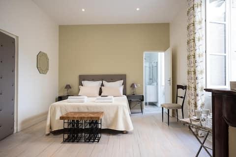 """Chambre """"CAHORS"""" à Maison Saint Privat - MONTCUQ"""