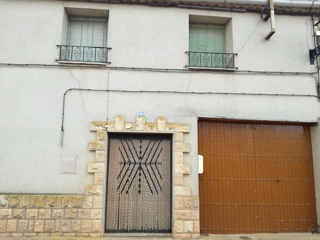 Casa Rural familiar en Tornos