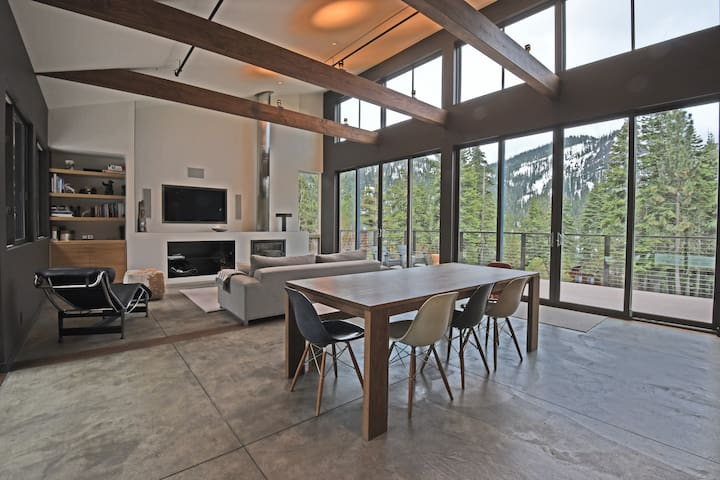 Modern Alpine Home with Mountain Views and Hot Tub - Alpine Meadows - House