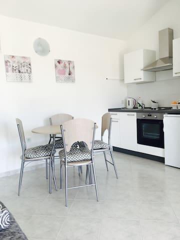Beautiful apartment Kristina 12 - Stara Novalja - Haus