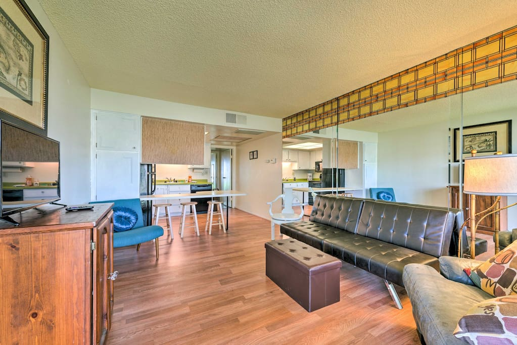 Inside the cozy condo you'll find a beautiful open-concept living space.