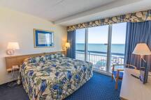Oceanfront 2br / Beautiful View 2