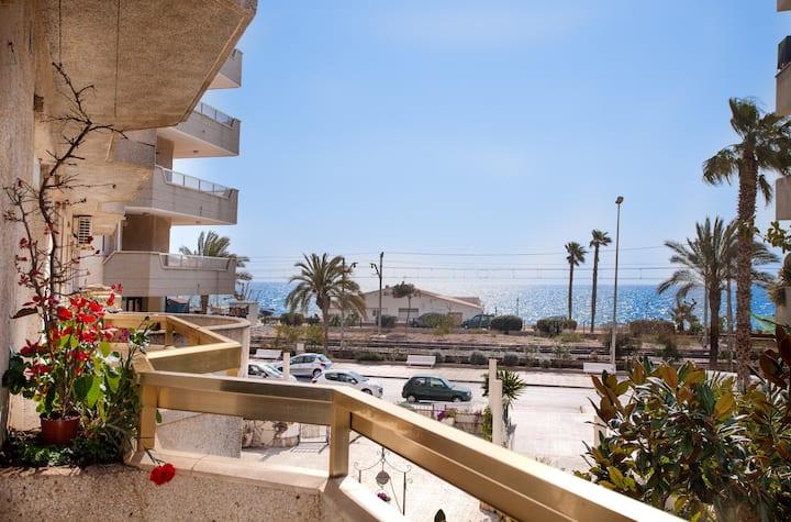 Appartement sur la plage, près de Barcelone !