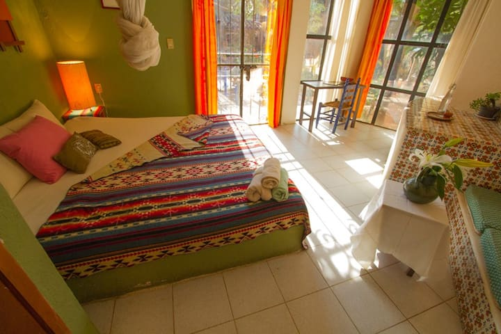 Suite Azucenas - Tepoztlán - Bed & Breakfast