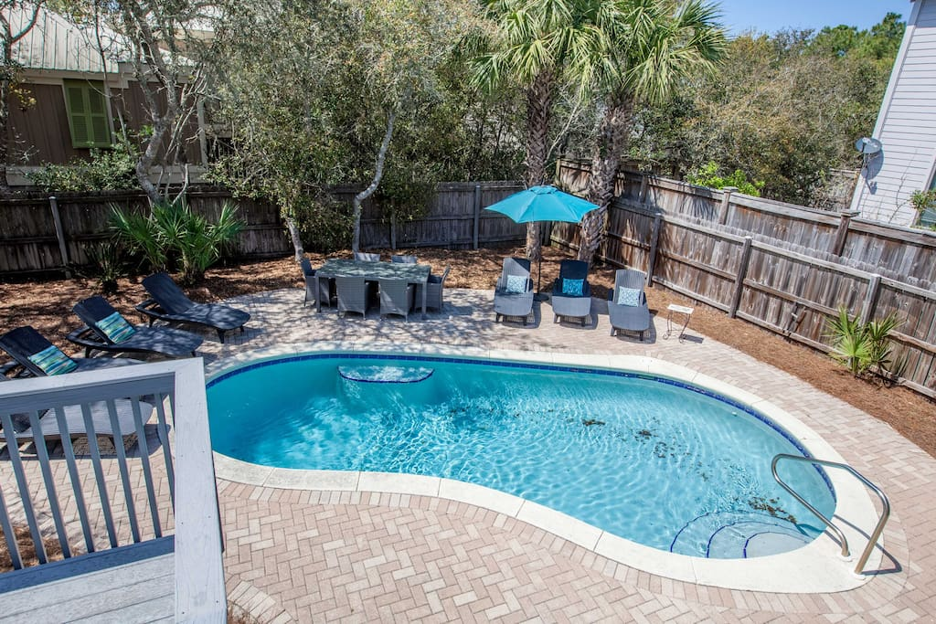 Private pool in fenced-in back yard