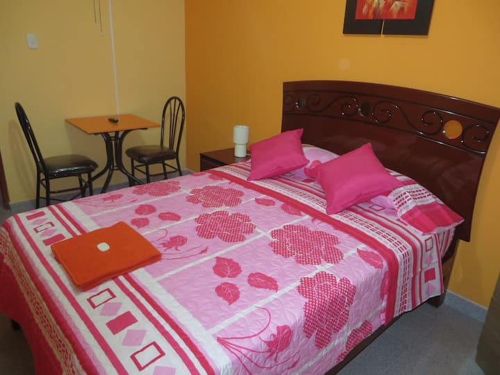 Single Room just 5 minutes Lima Airport
