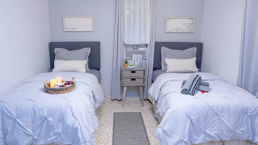 Third Guest Bedroom with two twin beds.