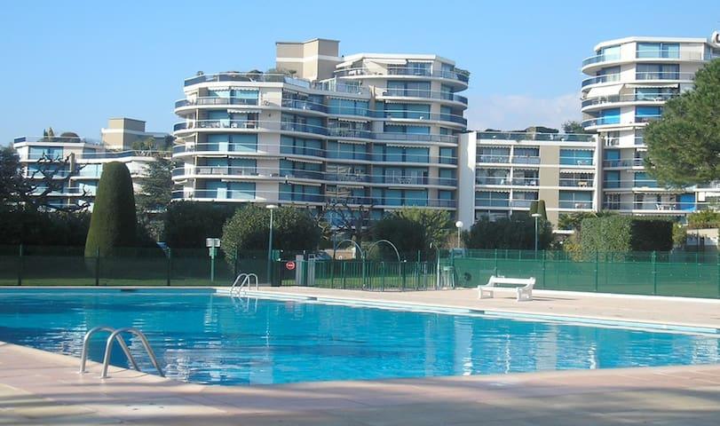 T2 à 2 pas : plages, golf, hypermarché, gare TER - Mandelieu-la-Napoule - Apartamento