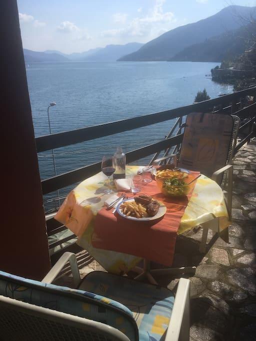 Possibilità di mangiare sul terrazzo