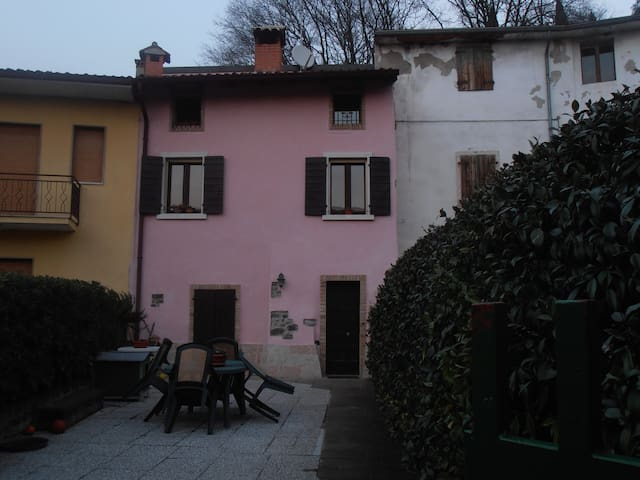 B&B Gelsomino è un piccolo rustico  - Pastrengo - Bed & Breakfast