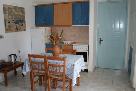 Pelagias apartments - Agia Effimia