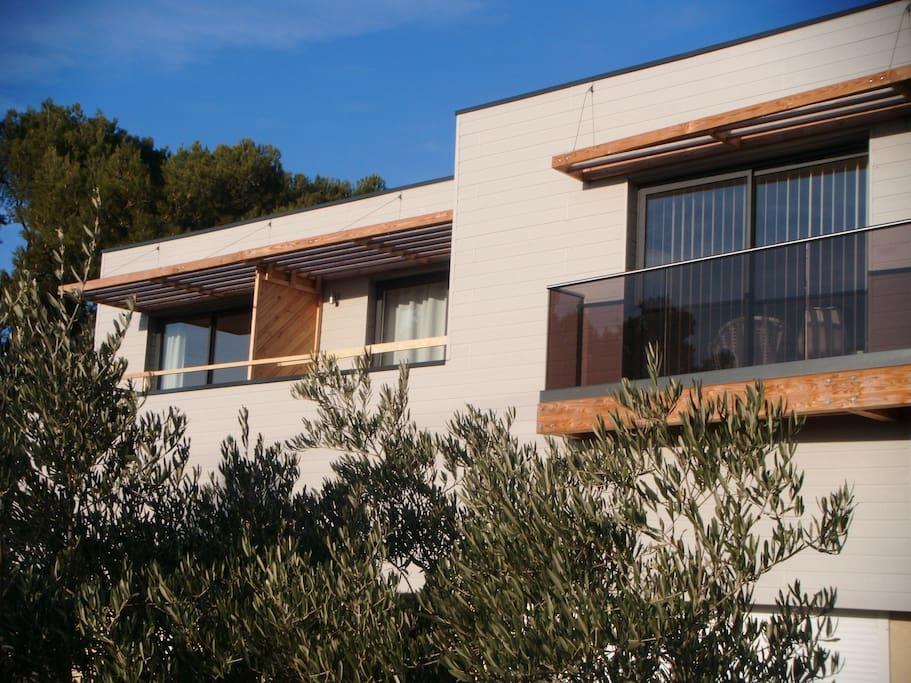 Studio design dans la campagne appartements louer salon de provence provence alpes c te d - Appartement a louer salon de provence ...