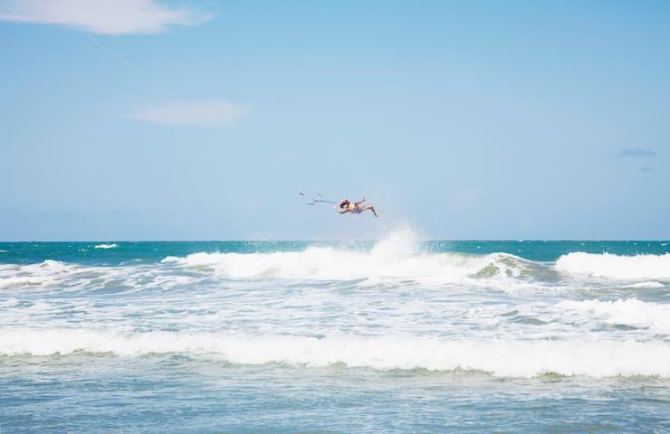 Beachfront & Kitesurfing in Baleia - Praia da Baleia - Wikt i opierunek