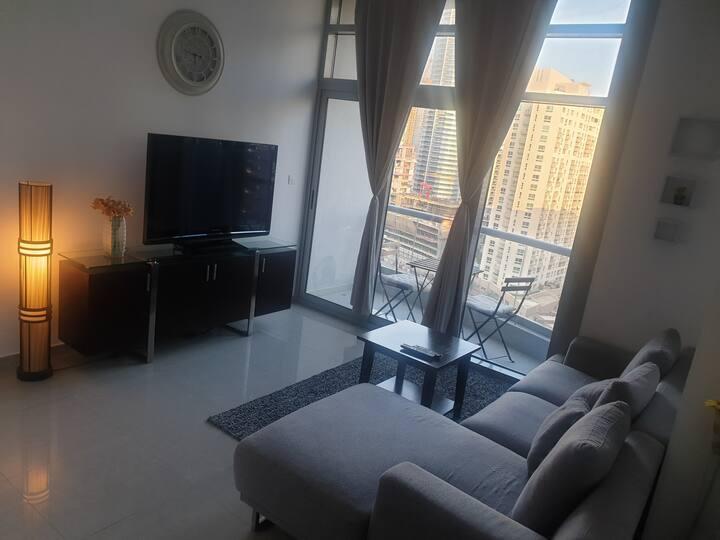 Cheap Clean room + private bathroom - Marina View