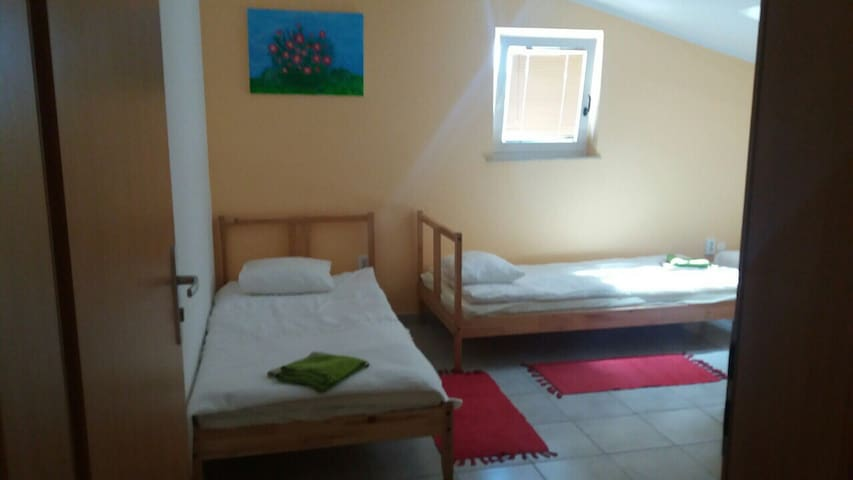 Nice room Nr.3 with bathroom. - Pernica - Haus