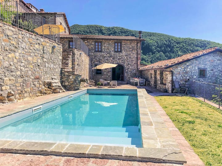 Villa with private pool & panoramic views!!!