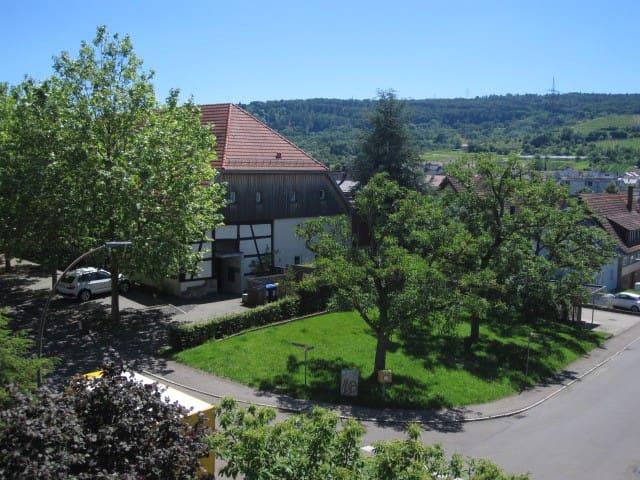 Moderne, sehr sonnige Wohnung mit Garten - Weinstadt - Apartmen