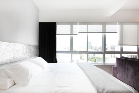 Loft close Av.Paulista with Air-Con