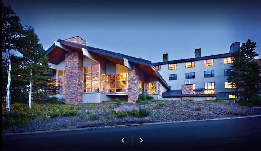 Family Ski Resort New Year 2 bd  Brian Head, Utah