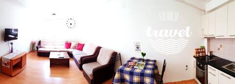 Tetovo Entire Apartment! Superb Location+silence